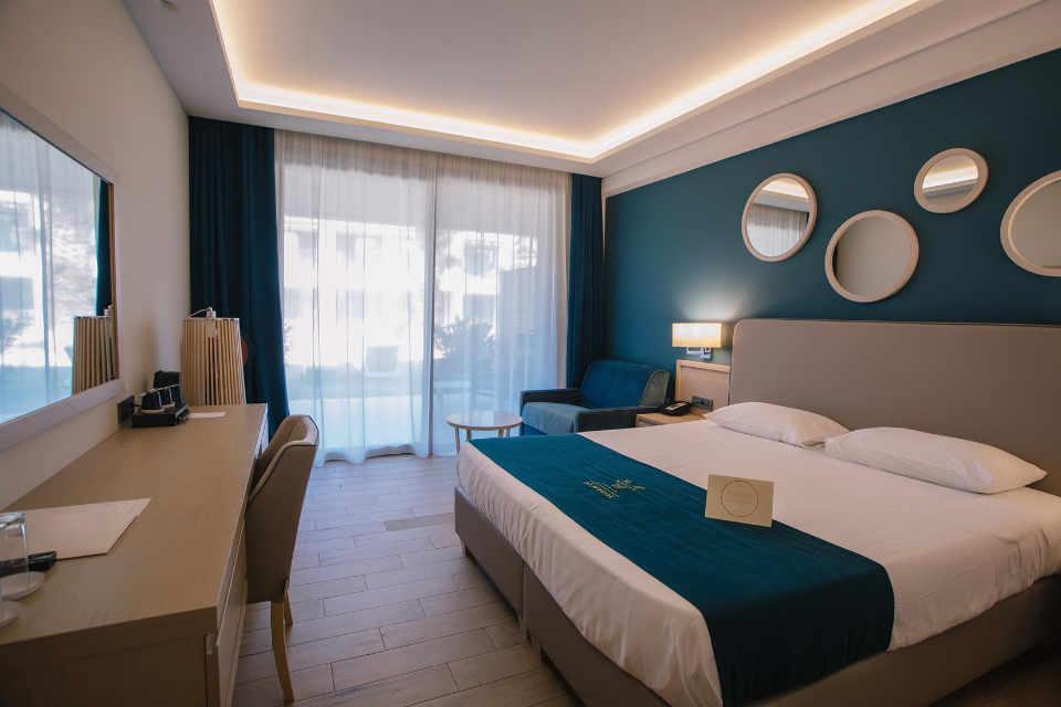 Almyros Beach Hotel, Corfu
