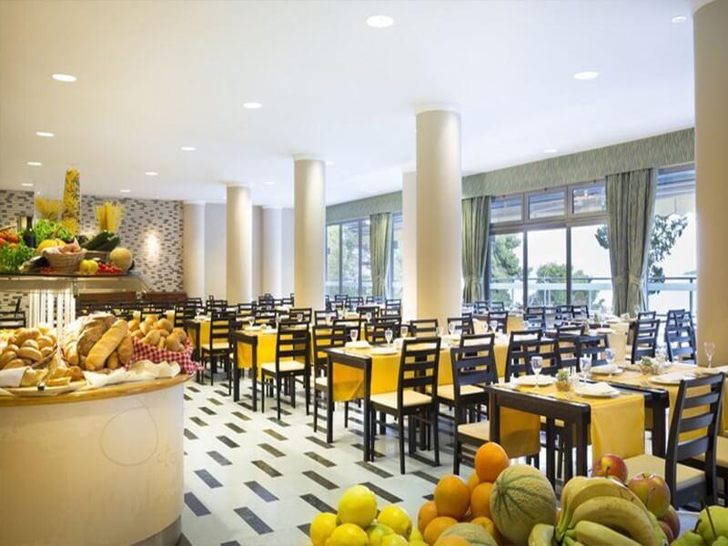 Aminess Grand Azur Hotel, Croatia
