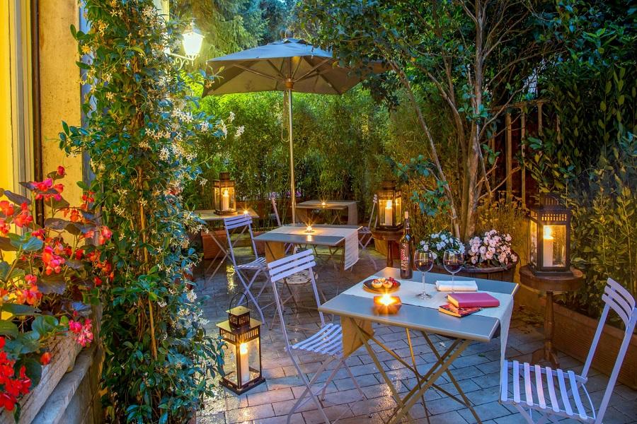 Panama Garden, Rome