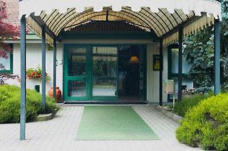 Green Hotel Motel